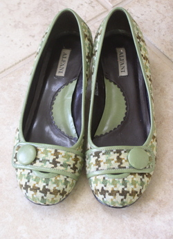 Green_shoes