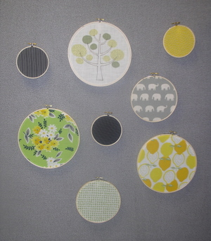 Fabric_circles_wall_cube