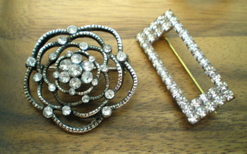 Brooches_pair
